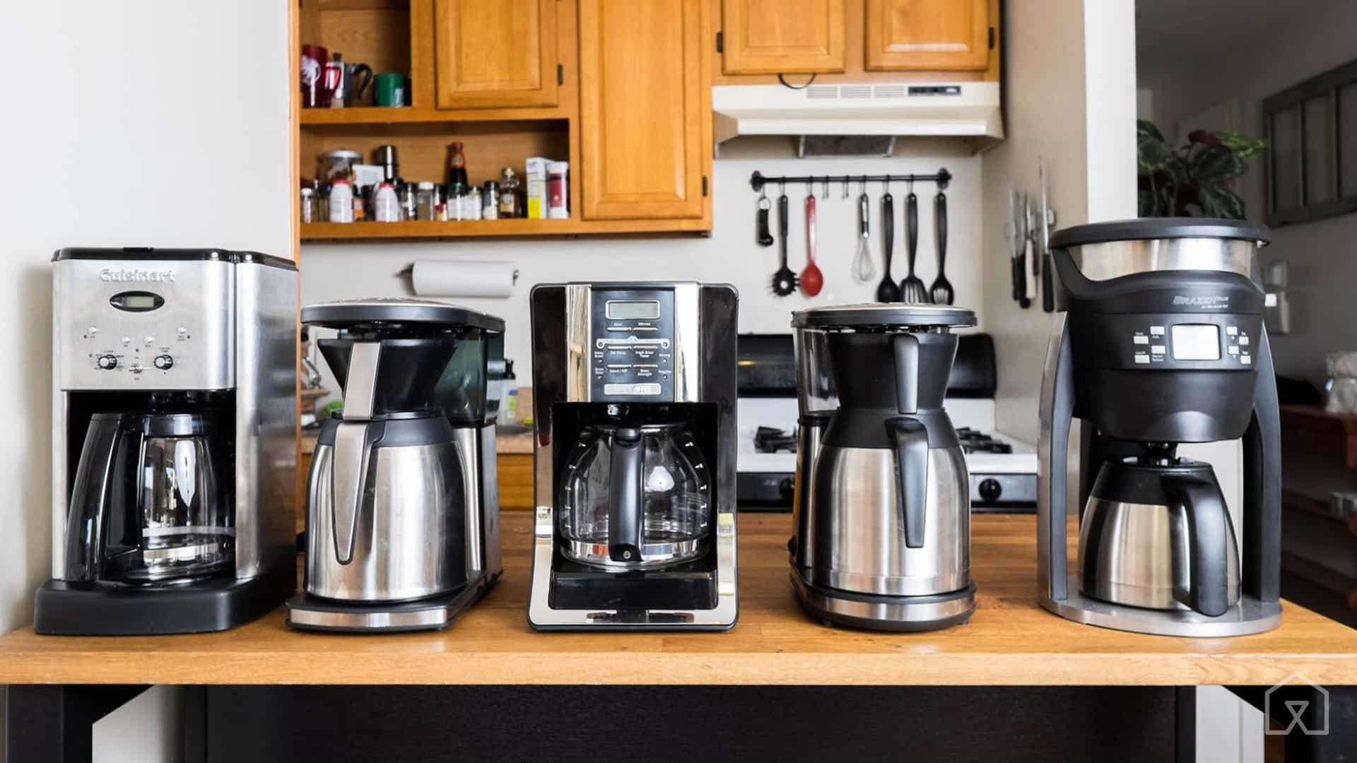 guide to finding the best coffee makers with grinder 2018 seek best. Black Bedroom Furniture Sets. Home Design Ideas