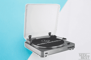AT-LP60 Fully Automatic Stereo By Audio-Technica