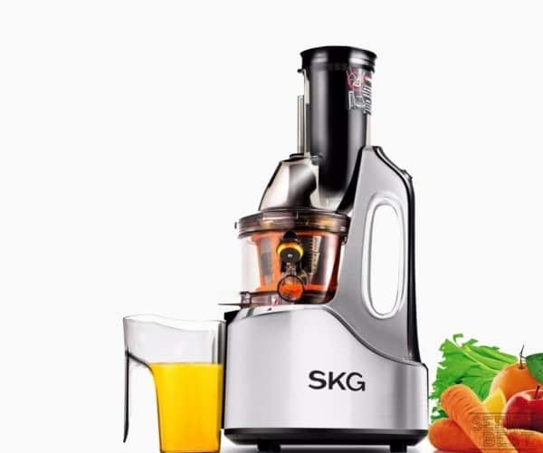 12. SKG SLOW MASTICATING JUICER 2059 - Premium WheatGrass Juicer