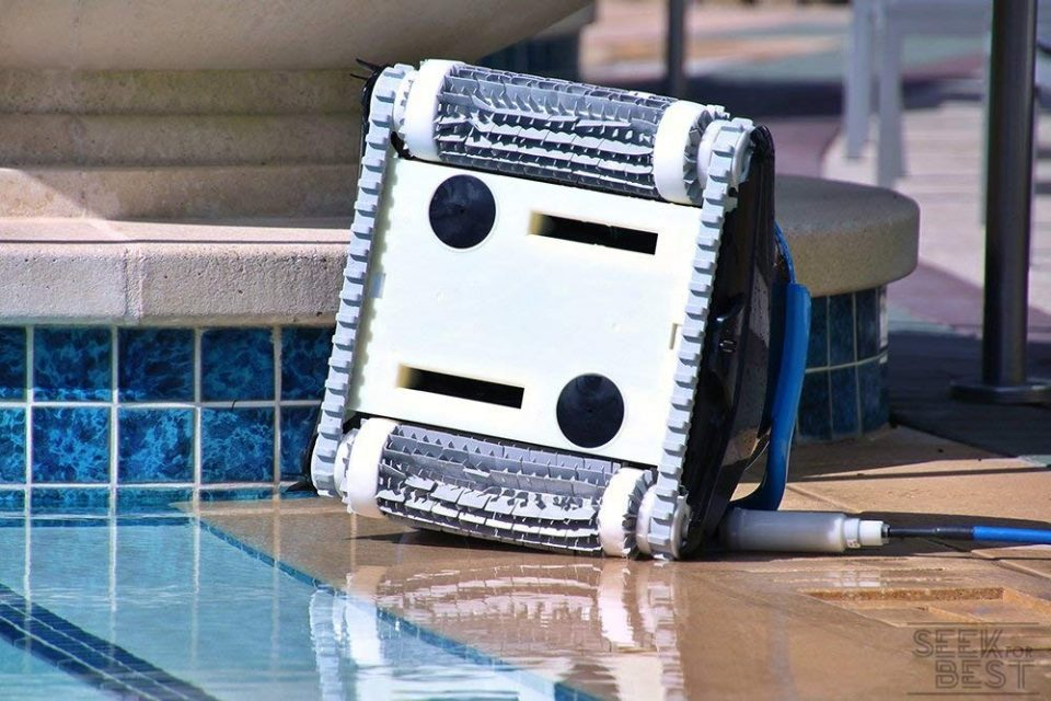 1. Dolphin Nautilus CC Plus - Best Robotic Pool Cleaner