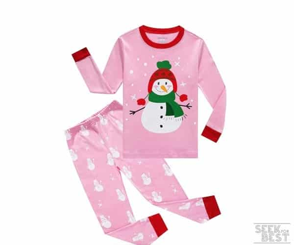 6. Family Feeling Little Girls' Pajama Set